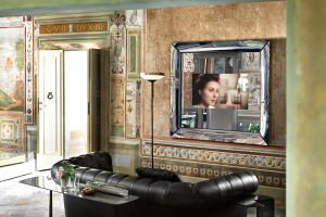 CAADRE-TV-specchio